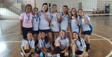 JEMUSA: Escola Fátima ganha 1° lugar no Vôlei Infantil Feminino